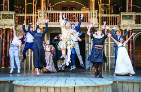 Becci Gemmell at The Globe Theatre playing Autolycus in A Winters Tale